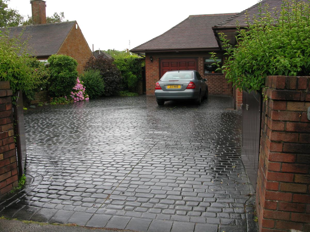 Concrete driveway in mews cobblestone effect for a Blackpool customer.