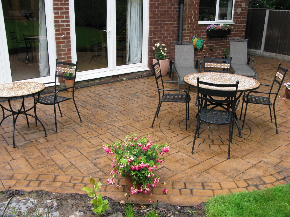 Pattern stamped concrete patio in ashlar slate for a customer in the Preston area.