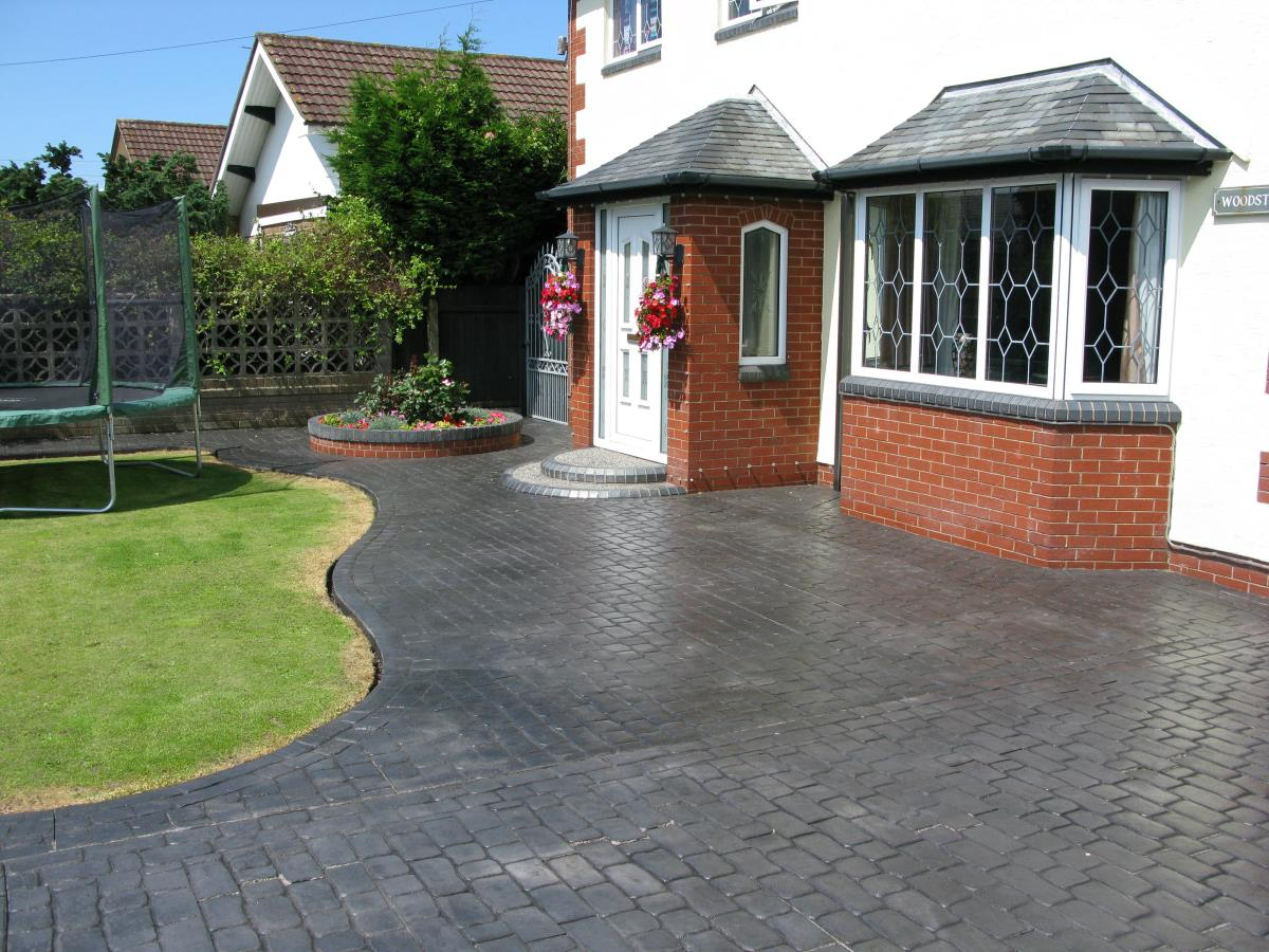 This Fylde Coast property demonstrates the versatility of pattern imprinted concrete.